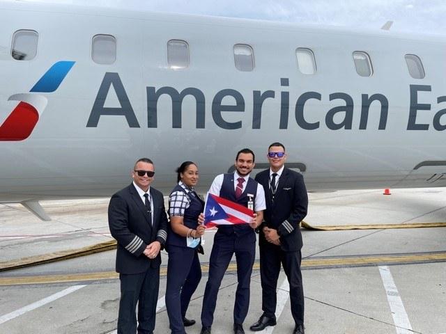 Edgardo Mercado Perez with All-Latino Crew: Captain Jose Torres Lopez from Salinas, PR, Flight Attendant Thirsis Ramírez from San Juan, PR  Flight Attendant Juan Morales Barreto from Colombia