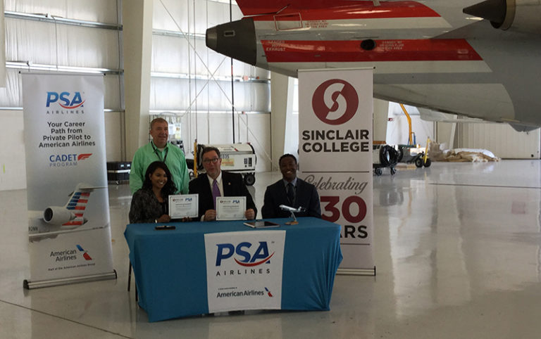 Sinclair and PSA Airlines Partner for Pilot Cadet Program